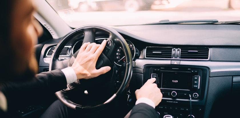 Pierwsze objawy alzheimera można zaobserwować w samochodzie. Są zaskakujące!