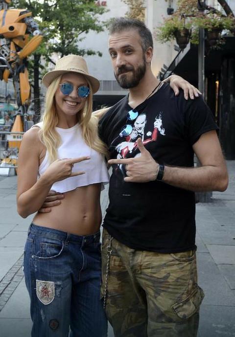 Dečko Milice Todorović ima dete sa ovom crnogorskom pevačicom, a njen sadašnji dečko je bivši rukometaš!