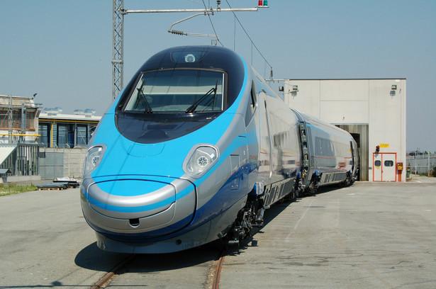 Pasażerowie kupili już 2,8 tys. biletów na połączenia realizowane pociągami Pendolino.