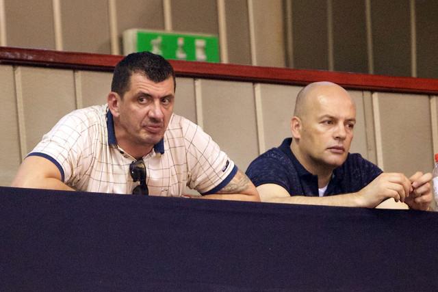 Nikola Bulatović (levo) na meču Partizan - FMP