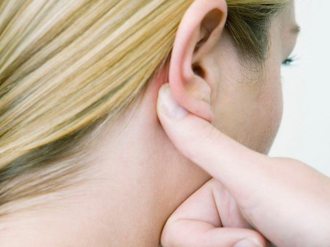 Ako vam telo proizvodi ova 4 zvuka, NI SLUČAJNO IH NE IGNORIŠITE: Ako vam se u stomaku često krčka i dešava OVA STVAR, javite se lekaru