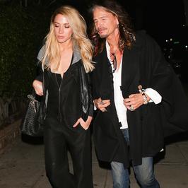 Steven Tyler ze swoją o 40 lat młodszą dziewczyną na kolacji