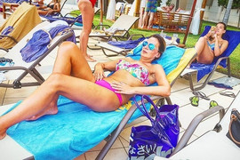 Otputovala iz Srbije: Voditeljka RTS-a pokazala atribute, izgleda BOLJE NEGO IKAD