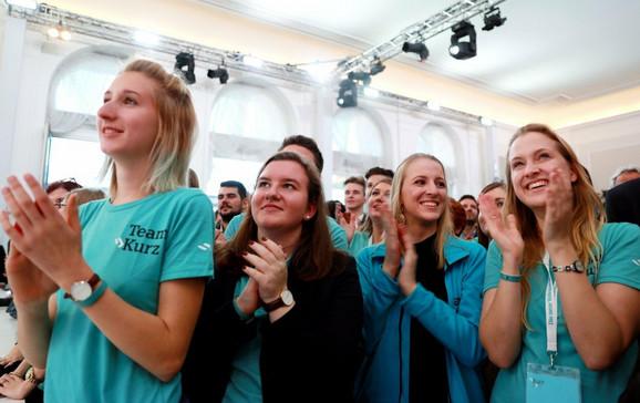 Članovi Kurcove partije na proslavi izborne pobede u Beču