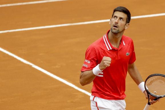 (UŽIVO) Đoković - Nadal, neverovatno finale! Rafa uzeo set, imao i brejk šansu, a onda je Novak počeo NEVIĐEN ŠOU!