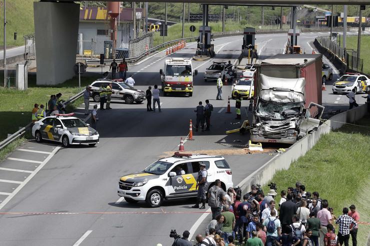 Brazil helikopter nesreća EPA Sebastiao Moreira