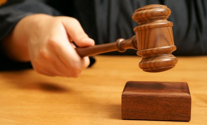Sąd orzekł: szkoła musi przeprosić ucznia za homofobię. Pierwszy taki wyrok w Polsce!