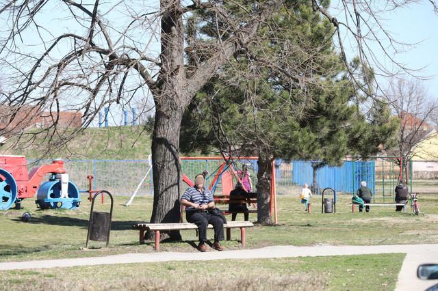 Park i dečje igralište u Glogonju