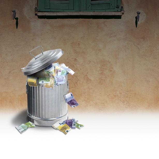 Ustawa o utrzymaniu czystości i porządku w gminach nie precyzuje, kiedy obowiązek segregowania śmieci przez mieszkańca jest spełniony
