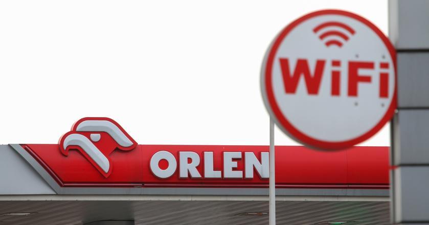 W ramach współpracy Orlenu z Traficarem klienci mogą wypożyczyć samochód na stacji