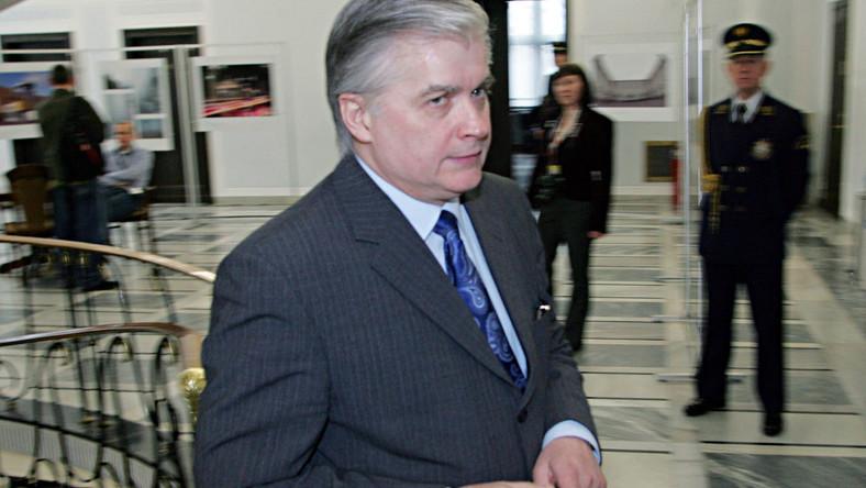 Rosja poprze Cimoszewicza w Radzie Europy?