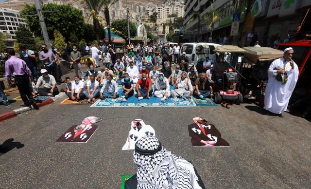Palestinci pale slike potpsinika sporazuma
