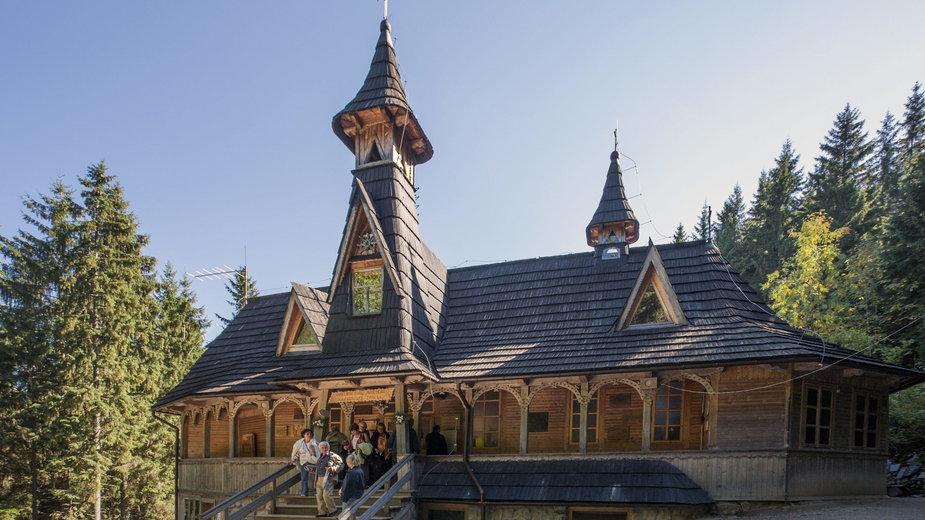 Kaplica - sanktuarium na Wiktorówkach w Tatrach