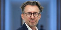 Prof. Marek Chmaj: zakaz przemieszczania się w Sylwestra niezgodny z konstytucją