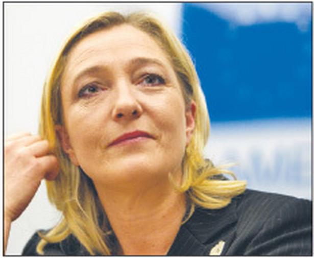 Marine Le Pen, przywódczyni Frontu Narodowego, najpoważniejsza spośród kandydatów na urząd prezydenta Francji Fot. AP