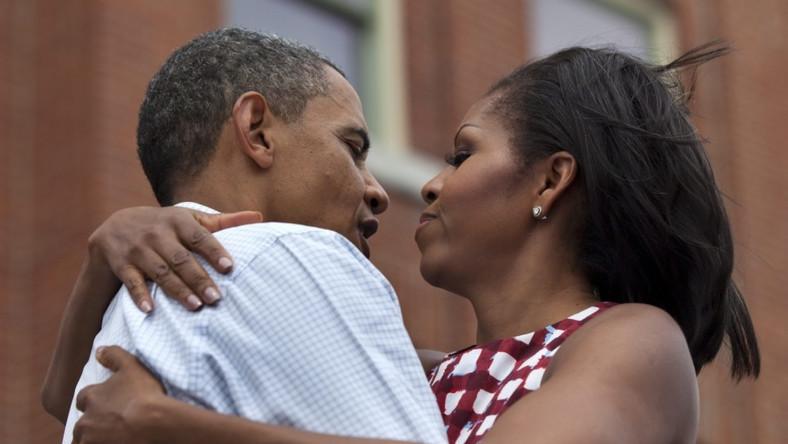 Prezydencka para nie wstydzi się publicznego okazywania sobie czułości