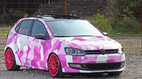 Volkswagen Polo w różowym moro