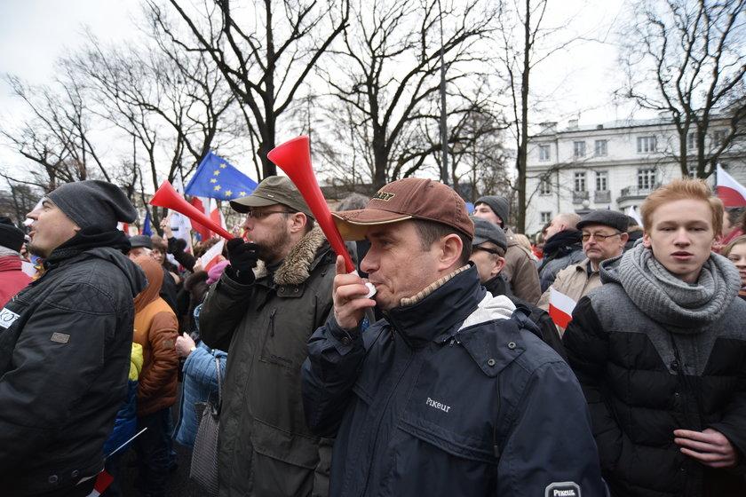 """""""Nie damy nikomu zawłaszczyć Polski!"""""""