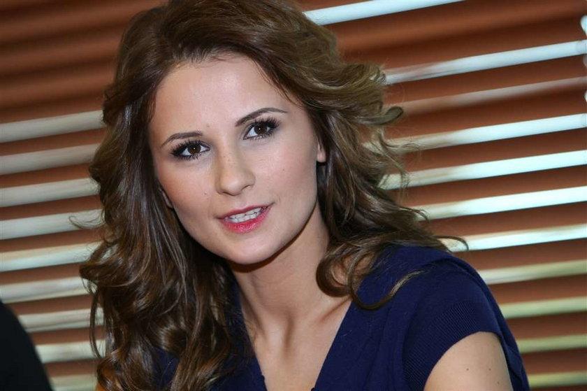 Aniqa, czyli Ania Wiśniewska (32 l.), wydała niedawno swoją solową płytę, która może być skazana na porażkę