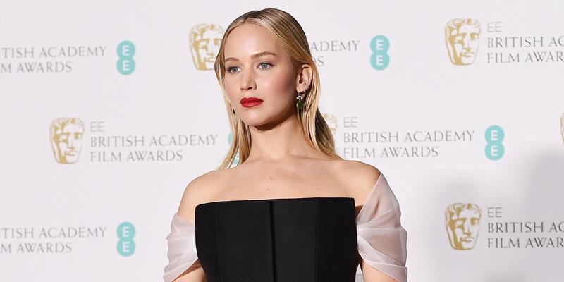 Jennifer Lawrence, Angelina Jolie, Kate Mara na gali BAFTA