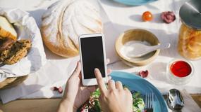 Jak naprawić smartfona pastą do zębów? Sprawdź najlepsze wakacyjne triki