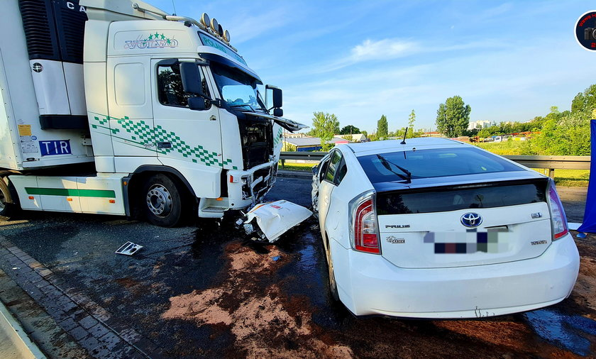 Śmiertelny wypadek na Targówku. Nie żyje pasażer nieoficjalnej taksówki