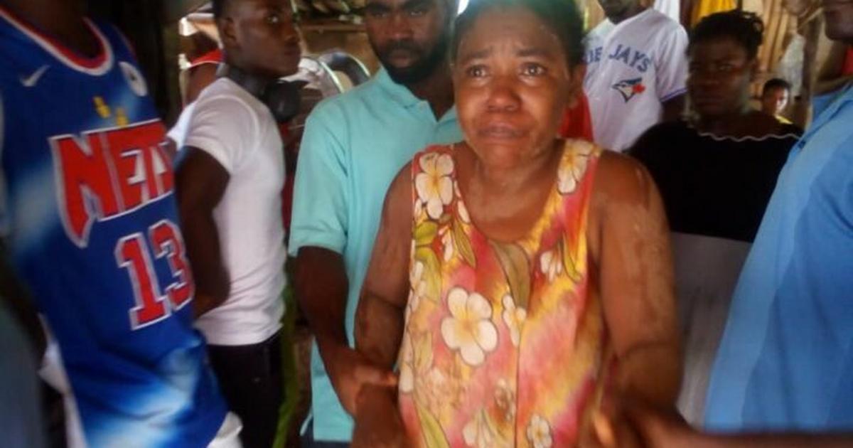 Aggrieved Takoradi residents rain curses on the police over fake pregnancy claim