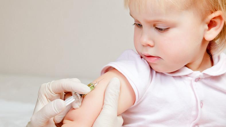 Rodzice nie chcą szczepić dzieci