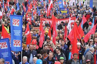 Szef OPZZ podczas manifestacji: To pracownicy byli liderami zmian, wymuszali postęp