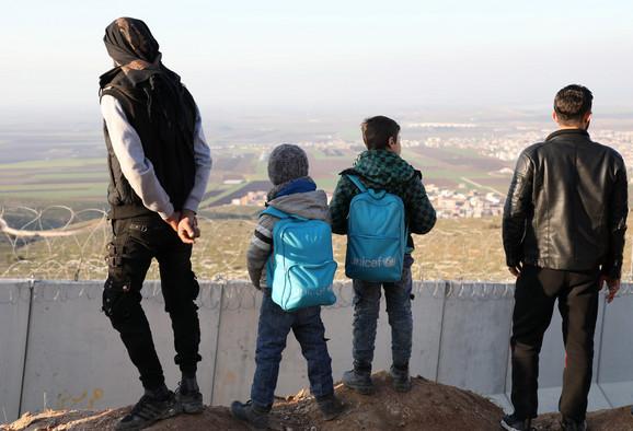 Izbeglice apeluju na Tursku da ih pusti u zemlju