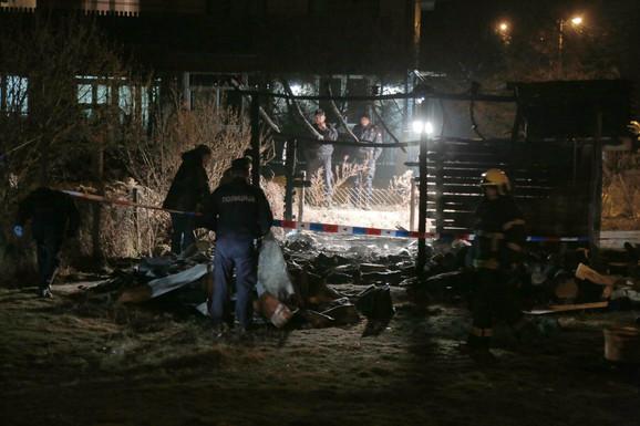Šupa je izgorela do temelja, unutra proneđene ugljenisane kosti: Posle stravičnog požara u Maloj Moštanici