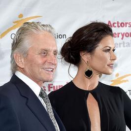 Michael Douglas i Catherine Zeta-Jones: czas mija, a oni nadal zakochani