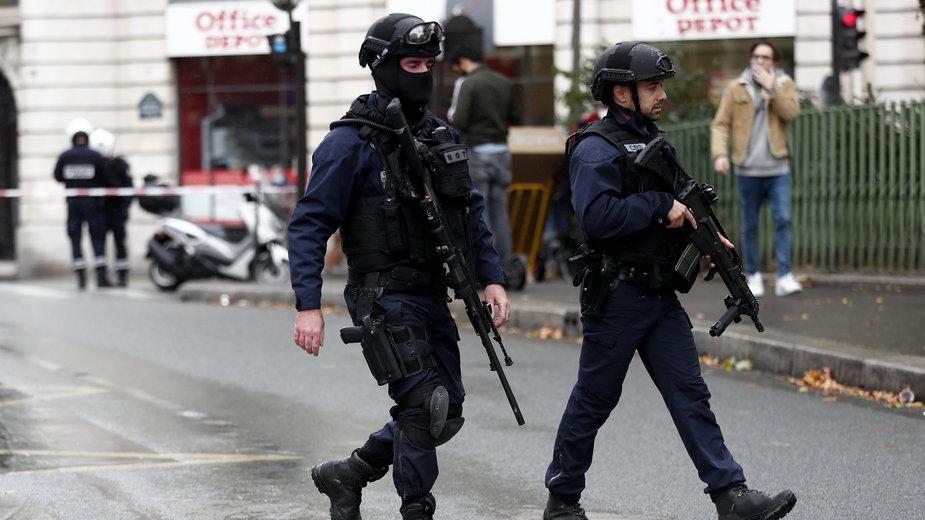 Atak w centrum Paryża