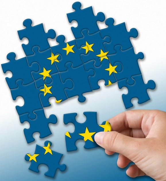 Da li će se EU slomiti pred imigrantskom krizom?