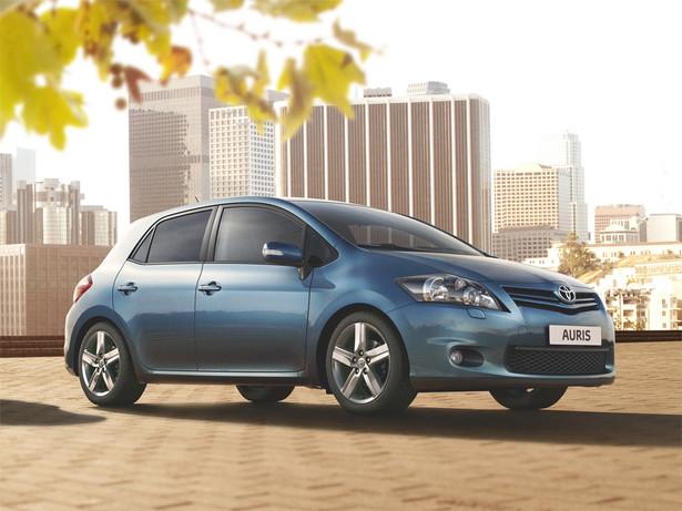 Toyota Auris; najlepiej sprzedający się samochód w Polsce.
