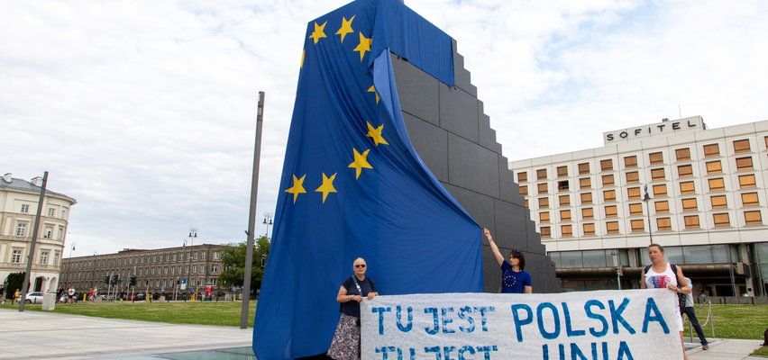 Czy Polacy chcą zostać w UE? Czy scenariusz wyjścia z Unii jest realny? Oto wyniki sondażu