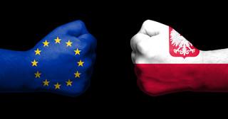 Polska i UE jak smutne małżeństwo. Tym co nas najbardziej łączy, jest silna zależność finansowa