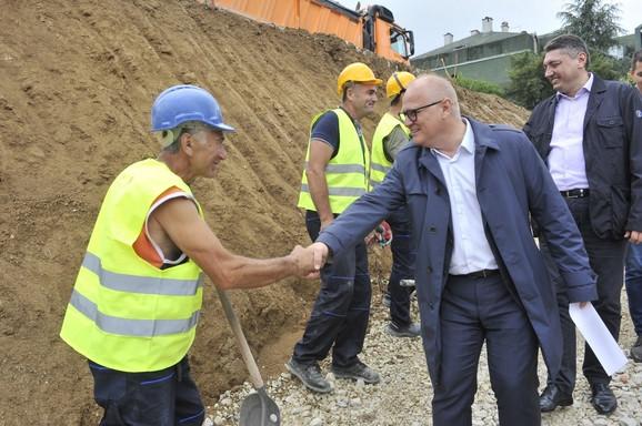 Goran Vesić na početku izgradnje novog vrtića