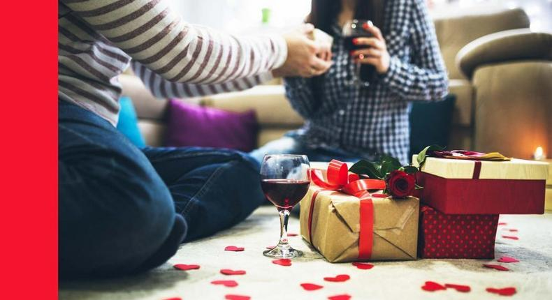 Valentines Day gifts for her [GQ India]