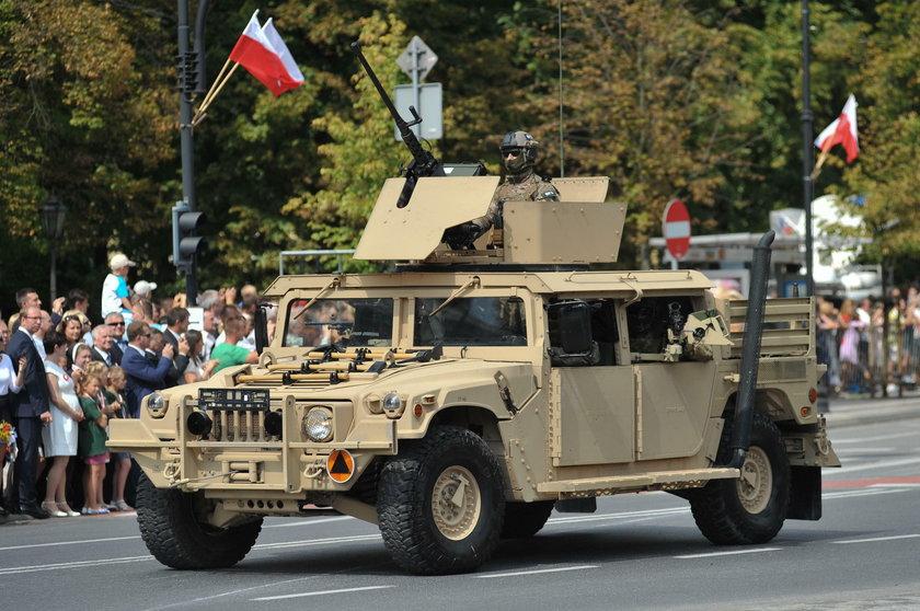 Piknik NATO na Placu Wolności