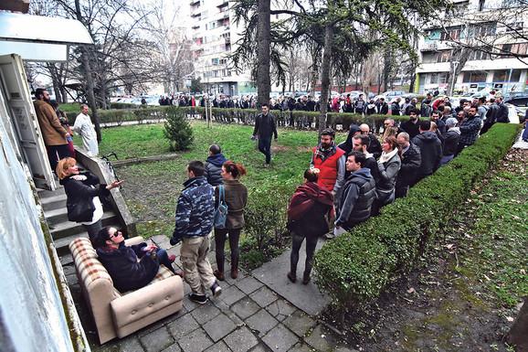 ISTRAŽUJEMO Za osnivanje stranke u Srbiji je potrebno 50.000 evra, a evo KOLIKO KOŠTA IZLAZAK NA IZBORE