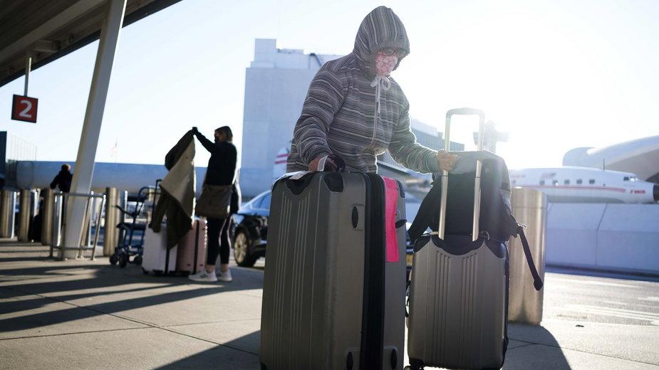 Amerykanie podróżują na Święto Dziękczynienia mimo zaleceń władz