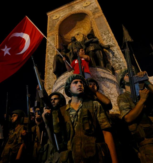 U Turskoj je sinoć proglašeno vanredno stanje