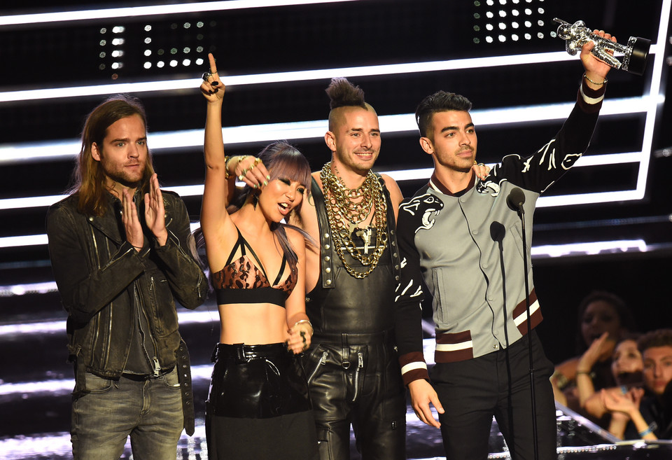 MTV Video Music Awards 2016: DNCE