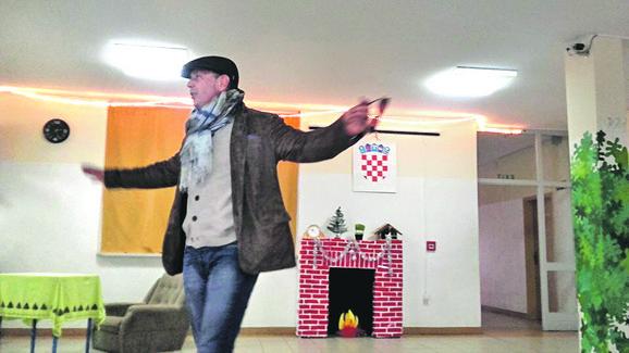 Siniša Mihajlović je u rodnom Borovu Selu bio u decembru 2015, tačno 25 godina od kada je poslednji put stajao na pragu kuće sa roditeljima i bratom