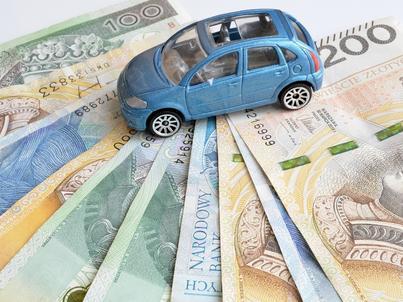 Grupa mogła wyłudzić ponad 270 mln zł podatku VAT