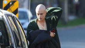 """Life in a Year"": Cara Delevingne ogoliła głowę do filmu Mitji Okorna"