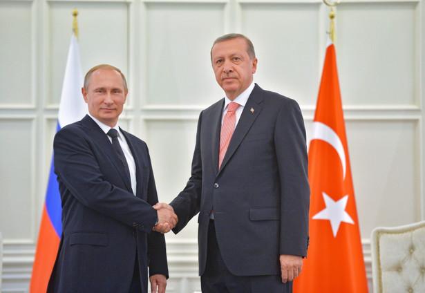 W opinii obserwatorów, Rosję i Turcję łączą ciekawe relacje. Oba kraje rywalizują o wpływy na Kaukazie