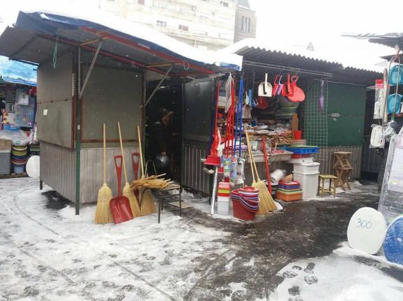 Zimska oprema stigla na pijacu