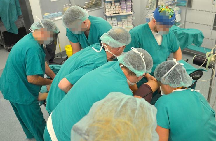 Novi Sad operacija 01_foto nenad mihajlovic